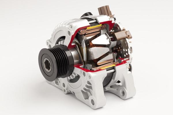 Alternator DENSO pokonał konkurencyjny alternator w teście jakości