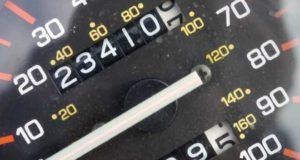Od 25 maja fałszowanie przebiegu liczników                   w samochodach będzie przestępstwem