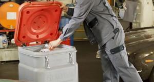 Jak bezpiecznie przechowywać zabrudzone czyściwa?